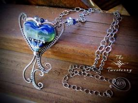 Jewelry-Designer-Heart-twisterry