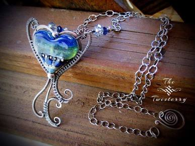 Jewelry-Designer-Heart-twisterry