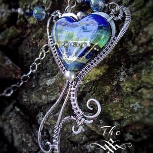 Jewelry-Designer-Heart-twisterry2