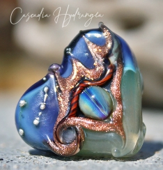 Heart-CascadiaHydrangea