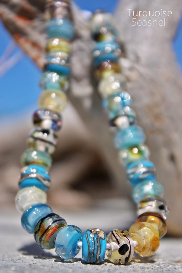 Strand-TurquoiseSeaShell