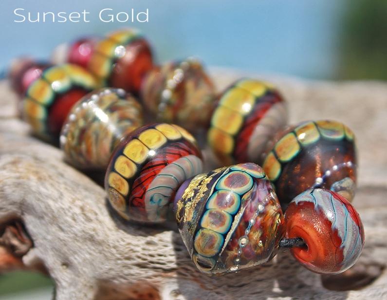 http://beadsandbotanicals.artfire.com